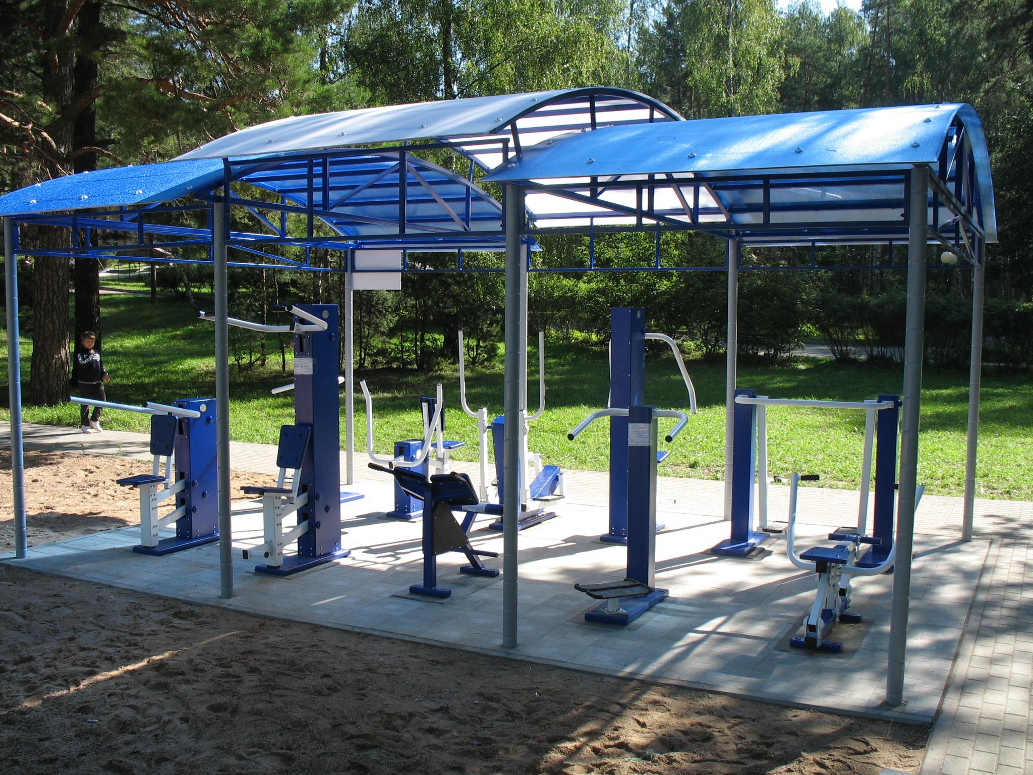 уличные спортивные тренажеры для парков и площадок
